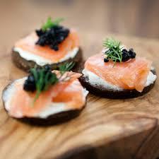 canapés saumon fumé canapés de saumon fumé châtelaine