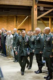 2009 11 19 OCS Graduation 501 09 with GEN Petraeus Fort Benning
