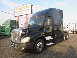 2014 FREIGHTLINER CASCADIA TANDEM AXLE SLEEPER FOR SALE #557483