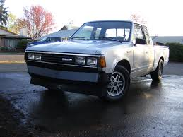 100 1985 Nissan Truck Sinner720ST 720 PickUp Specs Photos Modification Info
