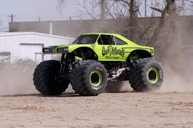 100 Biggest Monster Truck How Fast Do S Go Guide