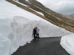Lakes Supertours Snow Drift