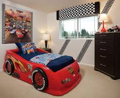 Checkered Flag Bedroom Curtains by A Checkered Flag Valance And Whimsical Tire Tracks On The Wall