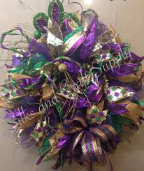 Burlap Mardi Gras Door Decorations by Mardi Gras Green Deco Mesh Wreath With Harlequin Ribbon Gold