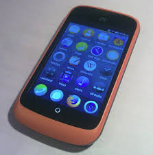 File ZTE Open mobile phone with home screen of Firefox OS v1 0 0