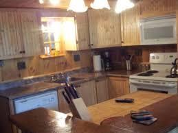 cuisine avec presqu ile chalet de la presqu île cottages apartments tourist homes