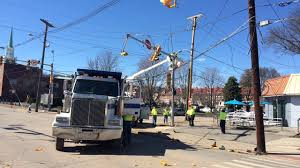 Pumpkin House Kenova Wv 2017 by Vehicle Accident In Charleston Takes Down Power Lines And Closes