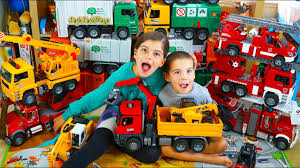 Biggest Bruder Truck Toys Collection - Garbage Trucks, Fire Engines ... Cstruction Trucks For Children Learn Colors Bruder Toys Cement Bruder Tractors Claas New Holland John Deere Jcb 5cx Toys Youtube Children 02450 Cat Rolldozer Unboxing By Jack 4 Phillips Toy Garbage Truck Video 3 Videos Children And Tonka Toys Village New Road Mack Granite Dump Truck Rc Cveionfirst Load After Man Tgs Tanker 03775 Technology Of Boys 2014 Car Timber Scania Mobilbagger 0244 Excavator Site Dump Best Of Videos
