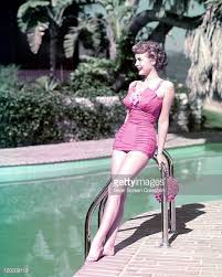 Janet Leigh Stock Photos And Pictures Getty Images by Janet Leigh Leaning Stock Photos And Pictures Getty Images