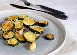comment cuisiner les courgettes au four courgettes au four croustillantes au parmesan et au panko chapelure