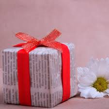 How To Stencil Gift Wrapping