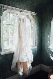 Dresser Mansion Tulsa Ok 74119 by Tram Nguyen And Jimmy Wheeler U0027s Romantic Fall Wedding At Dresser