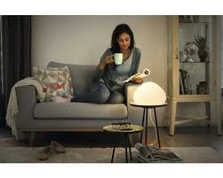 philips hue led tischleuchte wellner white ambiance dimmbar 9 5w 806 lm h 192 mm wellner weiß kompatibel mit smart home by hornbach
