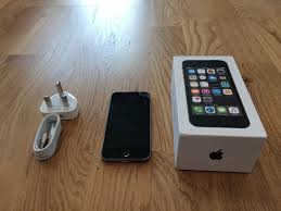 IPhone 5S Space Grey 16GB Nearly New