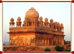 Uttar Pradesh Is One Of The Major Tourist Attractions In Bundelkhand Region Kalinjar Hindi Means Destroyer Time Place Got Its Name