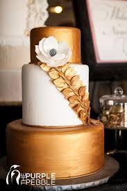 Gold Floral Elegant Wedding Cake