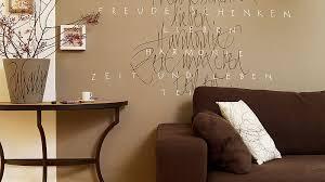 wandgestaltung im wohnzimmer ideen edding
