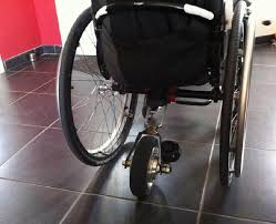 fauteuil roulant manuel avec assistance electrique forcewheel une assistance électrique pour fauteuil manuel