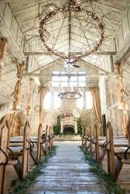 40 Romantic Indoor Rustic Wedding Ideas 3