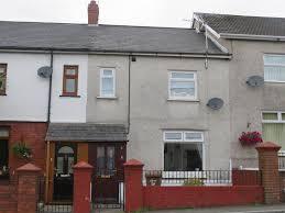 3 bedroom property for sale in Oakdale Terrace Penmaen Blackwood