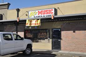 Out Of The Ashes: Al's Music Reopens After Fire | Federal Way Mirror