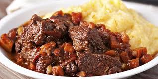 cuisiner le sanglier au four daube de sanglier à l ancienne recettes femme actuelle
