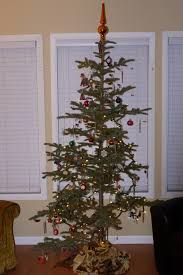 Charlie Brown Christmas Tree Walmart by My Traditional Charlie Brown Christmas Tree The Song I Live By
