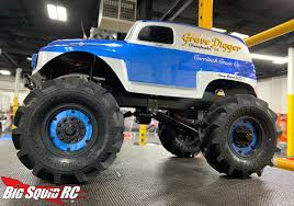 100 Monster Truck Grave Digger Videos Madness Diggin S Like Its 1984 Big