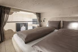100 Gw Loft Apartments Holiday Val Gardena Artefugium Atelier S By Aron