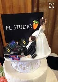 Breathtaking 57 Romantic & Unique Wedding Cake Toppers