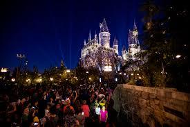 Lumos See Hogwarts light up at new Universal Studios Hollywood