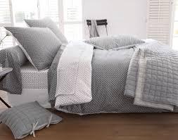 linge de lit gris housse de couette soldes 220x240 gitetantejeanne