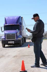 There's A 'tremendous Shortage' Of Truck Drivers Right Now. Here's ...