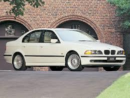 2000 BMW 528 Information