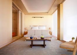 nobu hotel und restaurant eröffnet in zusammenarbeit mit