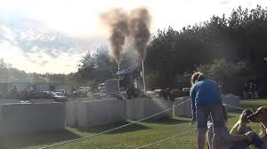 Cedar Valley Truck And Tractor Pull 2013