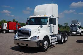2007 FREIGHTLINER COLUMBIA DAYCAB FOR SALE #571972