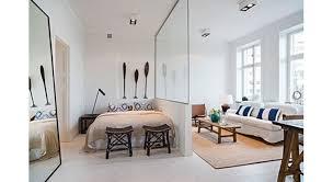 astuces pour aménager un petit studio astuces bricolage comment créer un coin chambre maison travaux