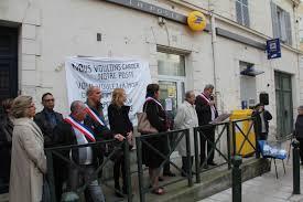 bureau de poste maur des fosses fermeture des bureaux de poste en val de marne les élus