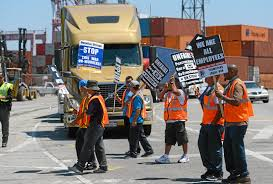 100 Truck Stop Los Angeles Drivers Strike At Port Of Long Beach Continues