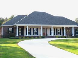 Images House Plans With Hip Roof Styles by 15 House Plans With Hip Roof Styles Ukrobstepcom Porch Charming