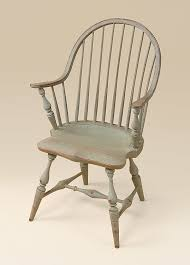 Historical Continuous Arm Windsor Chair Image