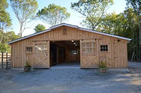 Shed Row Barns For Horses by Low Profile Horse Barns Custom Horse Barn Layouts Horse Barns
