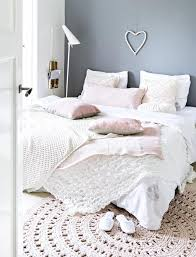 wunderschönes gemütliches schlafzimmer im vintage look die