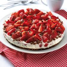 erdbeer schokoknusper torte