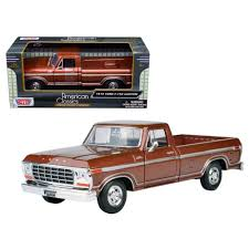 100 Ford Truck Games Motormax 79346BR 1979 F150 Pickup Diecast Model Car For