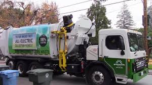 Bay Areas First Electric Garbage Truck - BYD Curbtender HammerPak ...