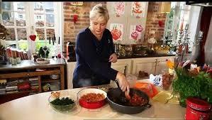 vivolta cuisine de regardez vivolta chéri e qu est ce qu on mange les lasagnes