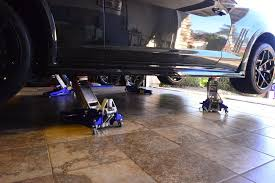 Trolley Jack Vs Floor Jack by Everything You Need To Know About Floor Jacks Floorjackscenter Com