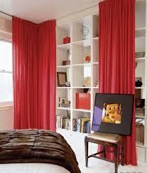 Schlafzimmer In Dachschrã 35 Rote Gardinen Für Königliche Eleganz In Ihrem Wohnzimmer